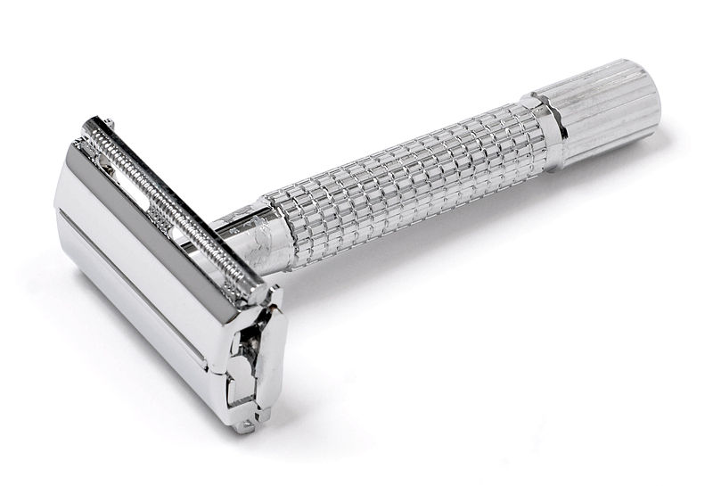 Single edge safety razor - wikipedia.org