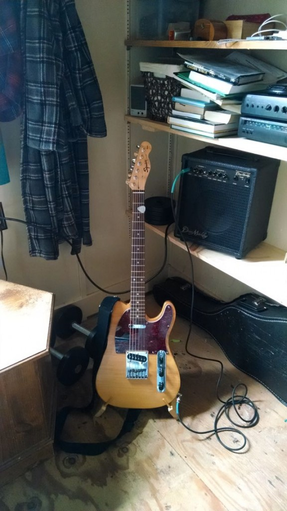 guitar-stand-8